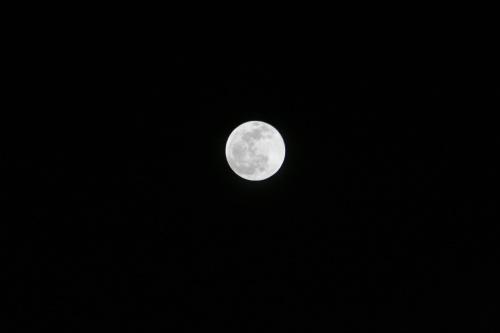 01a_Full_Moon_1-4000sec_IMG_7026_small