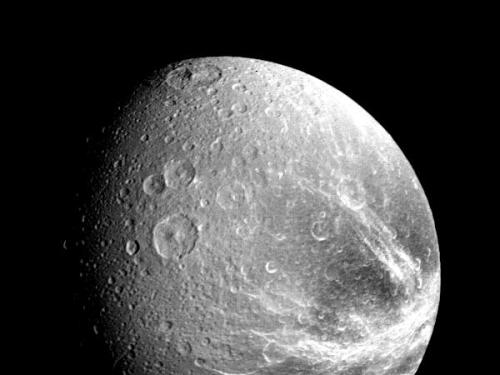 Voyager 1 - Dione