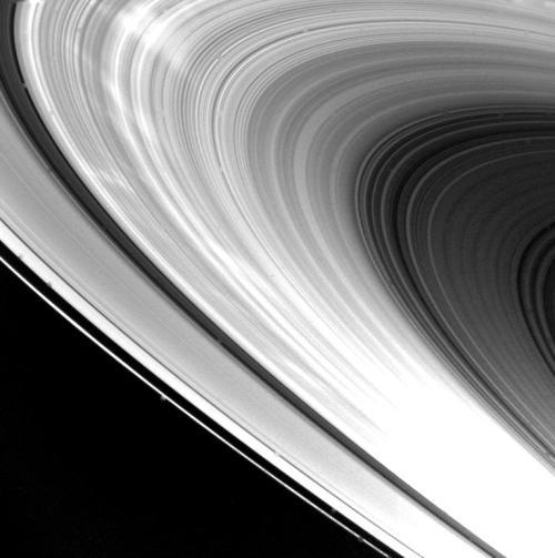 Voyager 1 Saturn's Rings